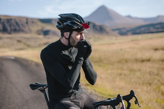 Winter cycling in the UK & Ireland – how to layer up for the weather