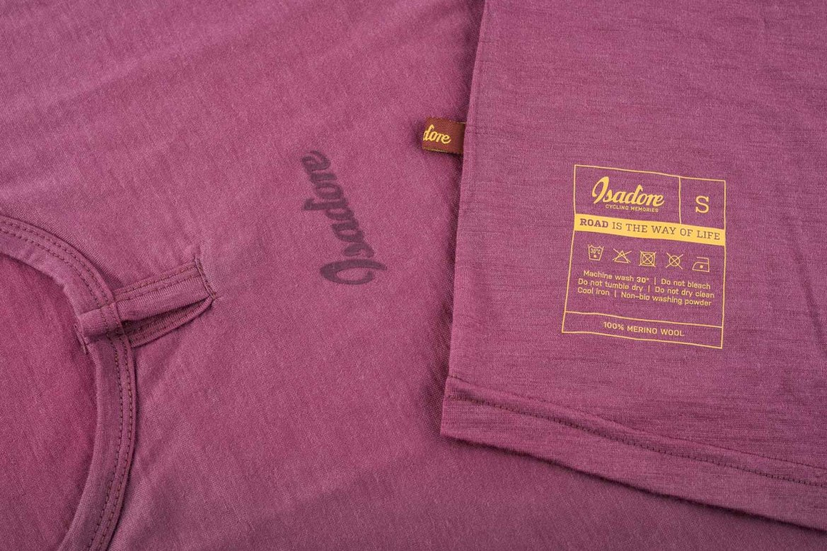 100% Merino SL Baselayer Crushed Berry
