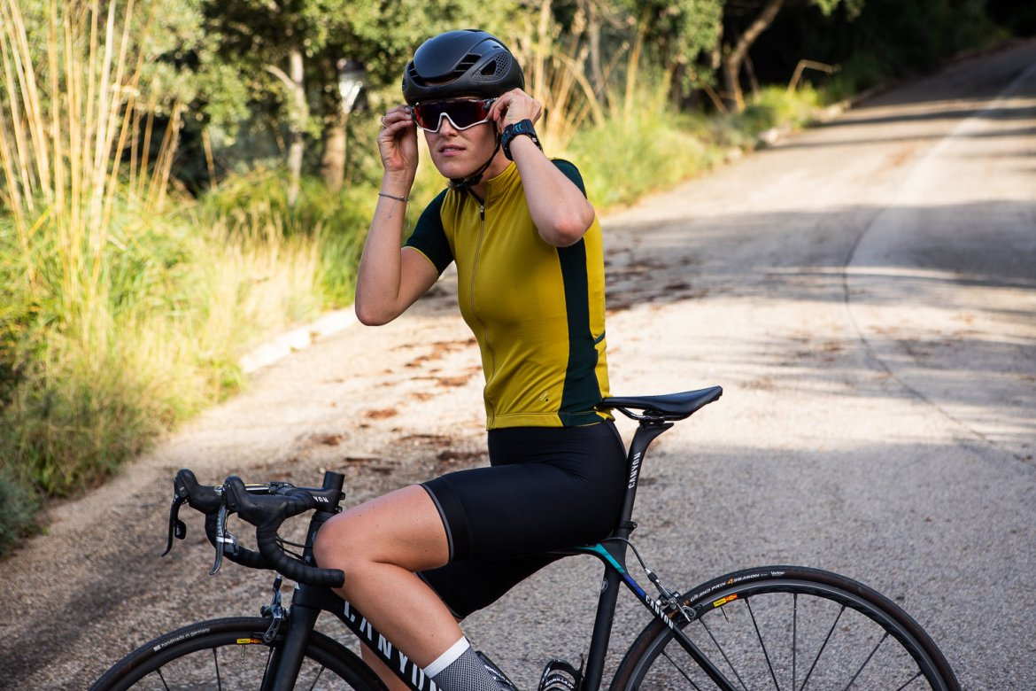 Women's Signature Cycling Jersey Olive Oil/Jet Set