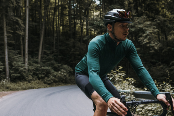 Men Long Sleeve Jerseys