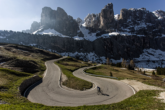 Epic cycling in dream locations